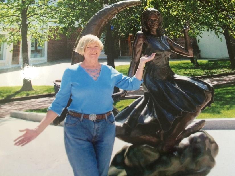 Mom and statue.jpg
